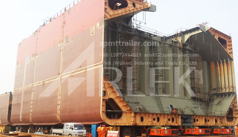 A Shipyard (Group) used our SPMT to transport ship body sections