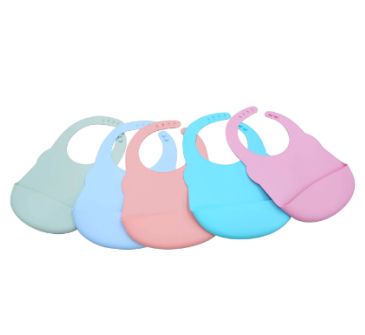 Customized soft silicone baby bibs for permanent use