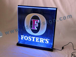 Display a LED edge-lit di Foster