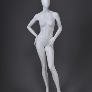 abstracte glanzende lichaam mannequin voor kleding