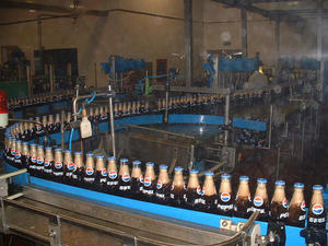 Chains Conveyor Lifting Bottle Clamping Machine