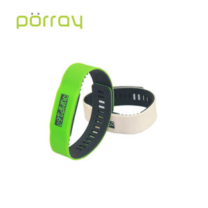 Writable HF 13.56MHZ Silicone RFID Wristband For Aqua Parks