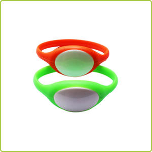 china factory waterproof Silicone nfc wristband.