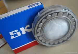 SKF,FAG,NSKspherical roller bearings,22208E