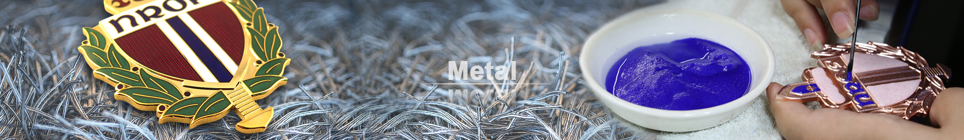 Use fashion metal ornaments to decorate your house for some great days