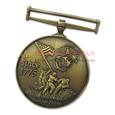 Médailles militaires sur mesure