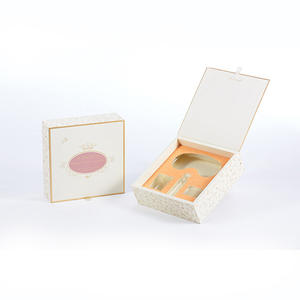 China customized Deluxe cosmetic Box supplier
