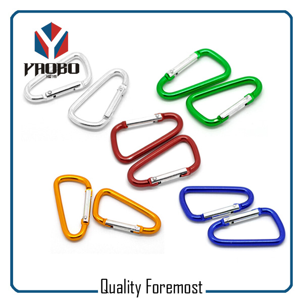Wholesales Carabiner In Hooks