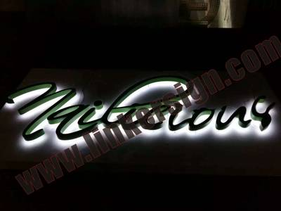 metal build up lighted letter signage