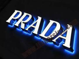 illuminated fabricated 3D letters