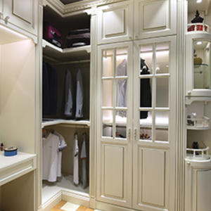 Custom bedroom white wardrobe design