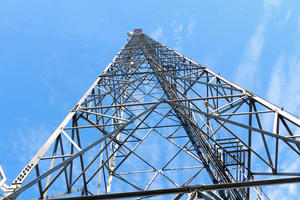 China GSM ANTENNA TOWER,self supporting steel telecom tower , triangular or square manufacturer