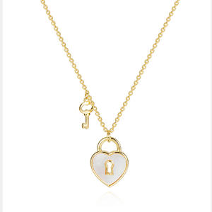 PE3497-Lock & Key Pendant With MOP Shell In Sterling Silver Plated In 14K Gold From Top Jewelry Factory In China