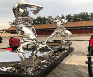 Customized Metal Man Sculpture manufacturers, factory and suppliers