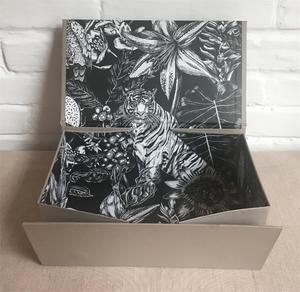 collapsible gift box with collapsible function,can be unfolded when in delivery